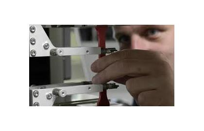 Thí nghiệm kéo nhựa theo ASTM D638 - máy kéo nén vạn năng
